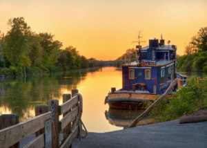 "2012 Photo Contest winner ""Sunset at Lock 33"" by Gary Eisenhart"